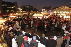 carol-singing-at-dublins-docklands-christmas-markets
