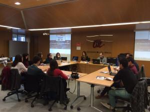 Imatge d'una de les comissions sectorials de la Simulació del Parlament Europeu avui a Tarragona.